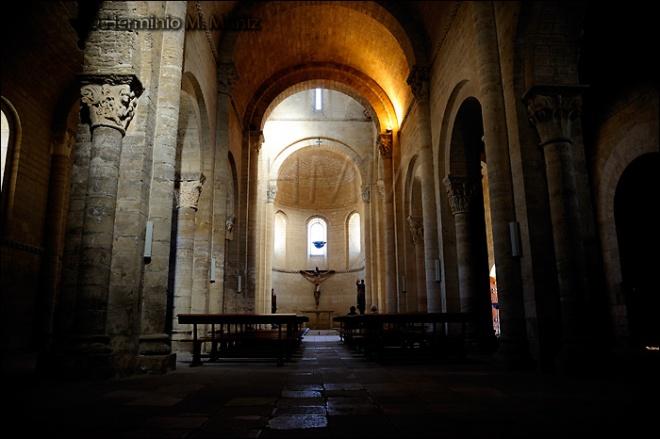 Interior De San Martin De Fromista Palencia Www Vidasalvajefoto Es